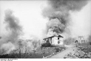 Bundesarchiv_Bild_101I-005-0046-37,_Jugoslawien,_Polizeieinsatz
